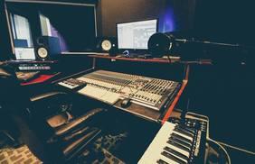 Sound Stage 9
