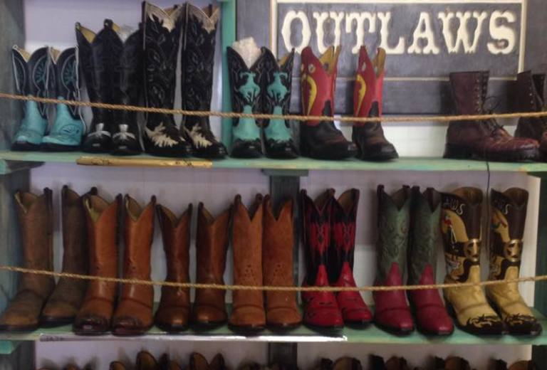 Tres Outlaws Boot Company