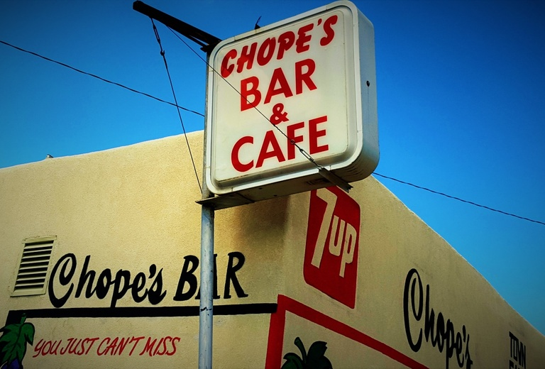 Chope's Bar & Cafe
