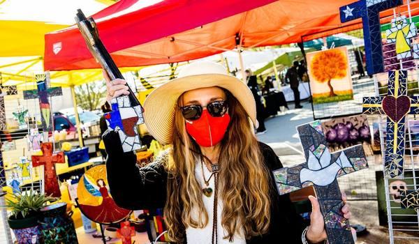 Artist & Farmer's Markets